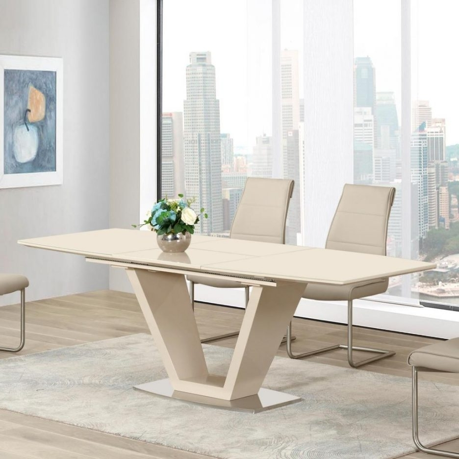 Widely Used White Leather Dining Room Chairs In Off White Leather Dining Room Chairs Cream Dining Room Set Off White (View 24 of 25)