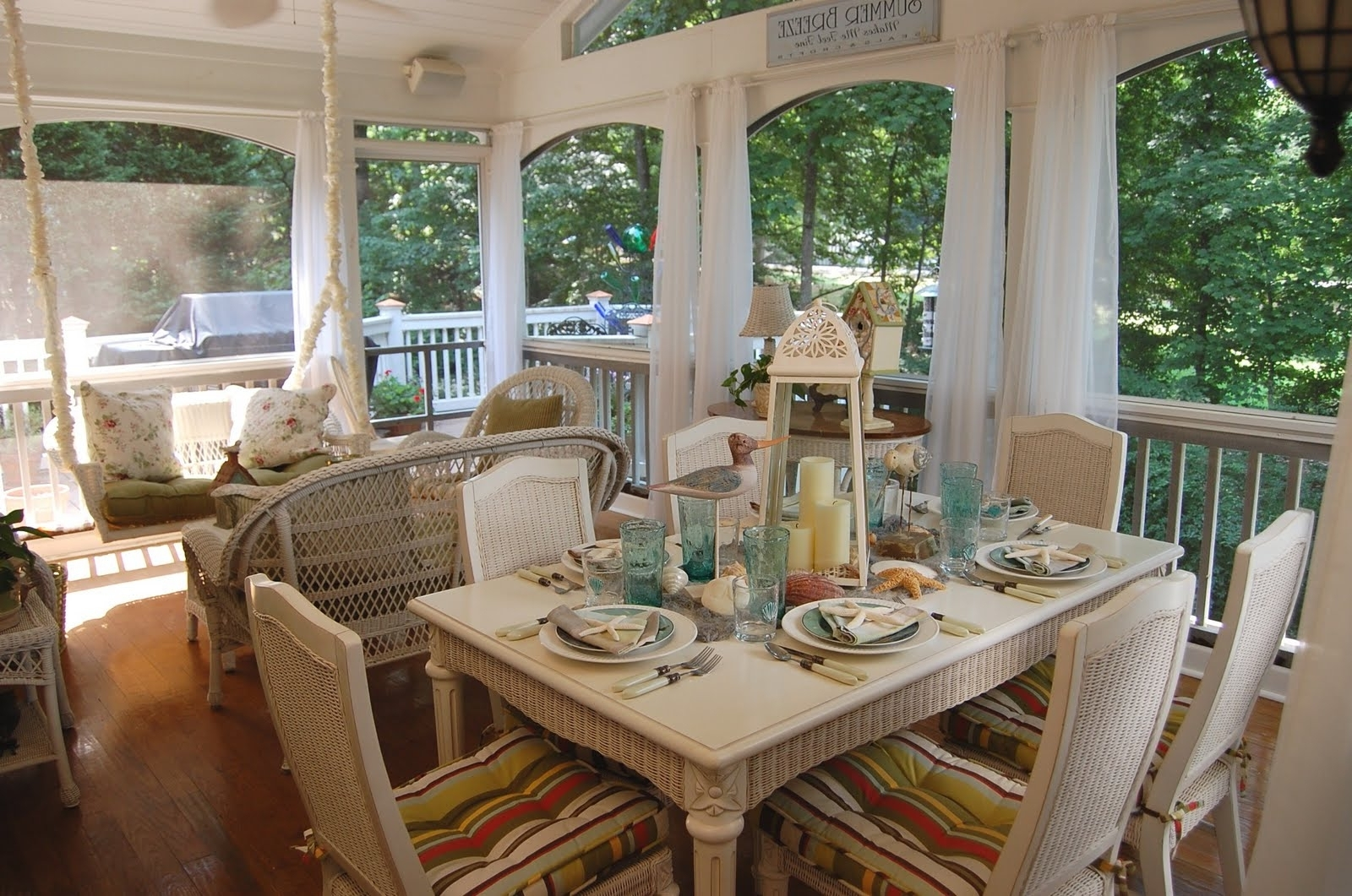 Wonderful Dining Table Trends Plus Best Ideas About Beach Dining Within Most Up To Date Coastal Dining Tables (View 23 of 25)