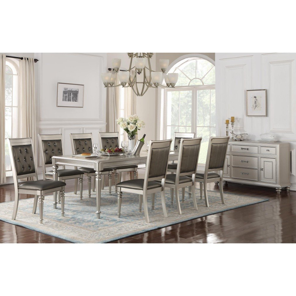 Fashionable Lamotte 5 Piece Dining Sets With Regard To House Of Hampton Donatella Traditional Dining Table (View 9 of 25)