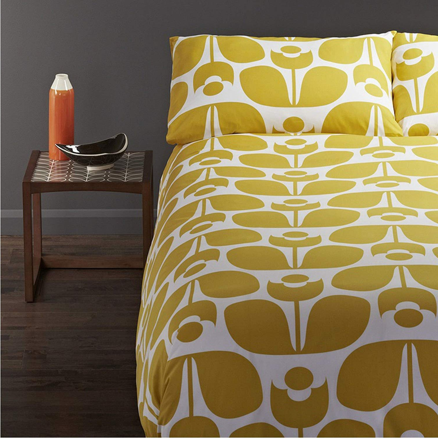 Most Recent Orla Kiely Wallflower King 3Pc Duvet Cover Set Yellow: Amazon.co (View 13 of 25)