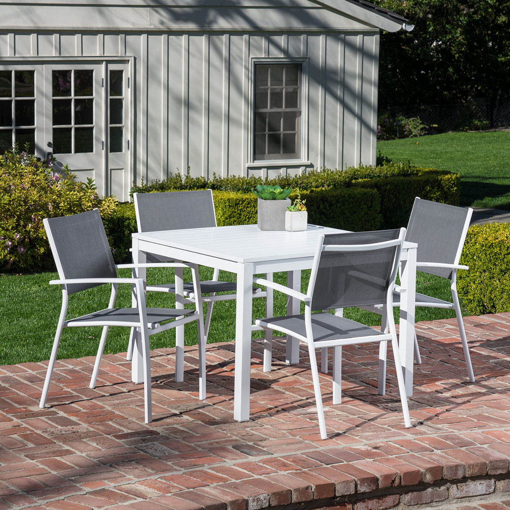 Most Up To Date Hanover Del Mar 5 Piece Outdoor Dining Set With 4 Sling Arm Chairs Within Delmar 5 Piece Dining Sets (View 12 of 25)
