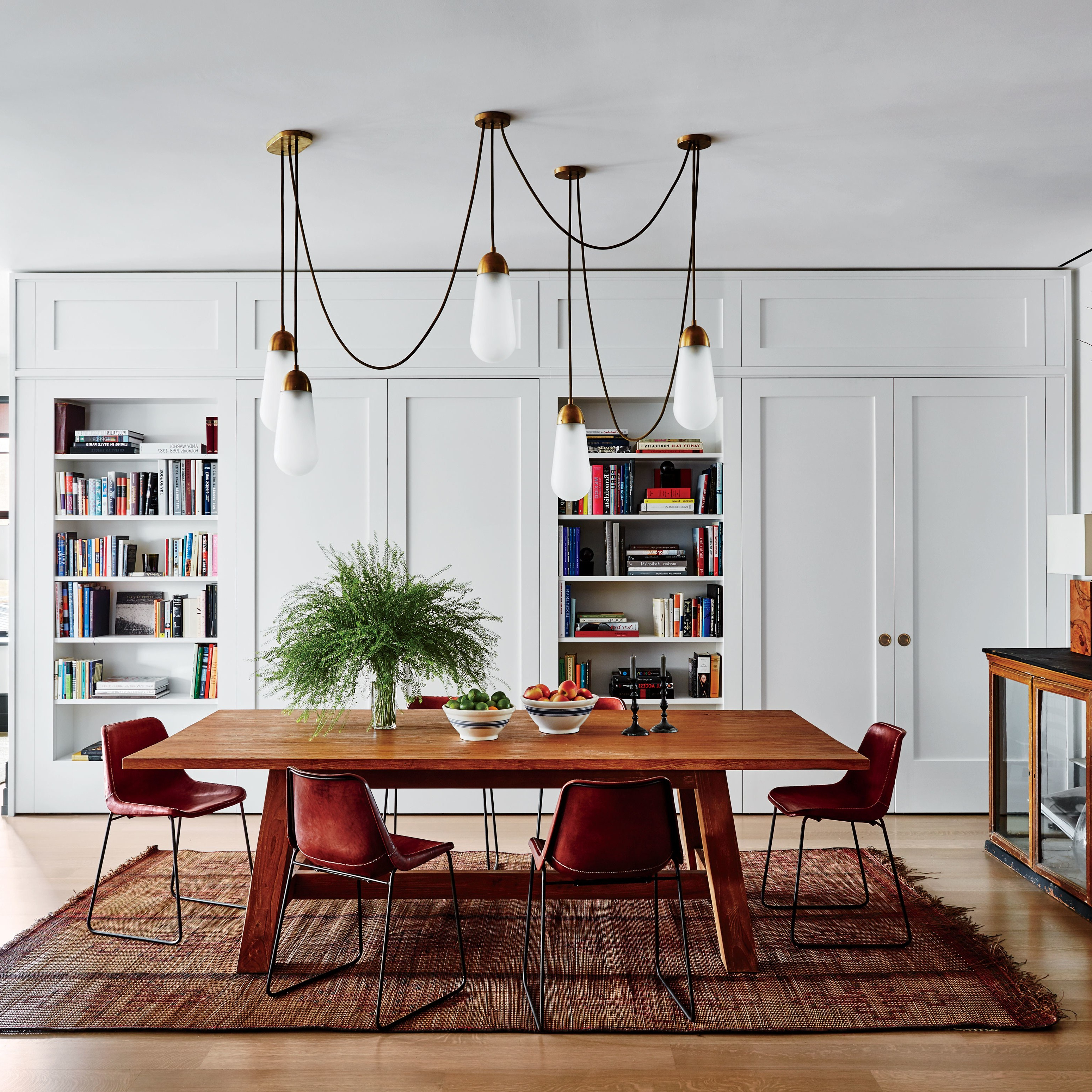 Step Inside 47 Celebrity Dining Rooms (View 21 of 25)