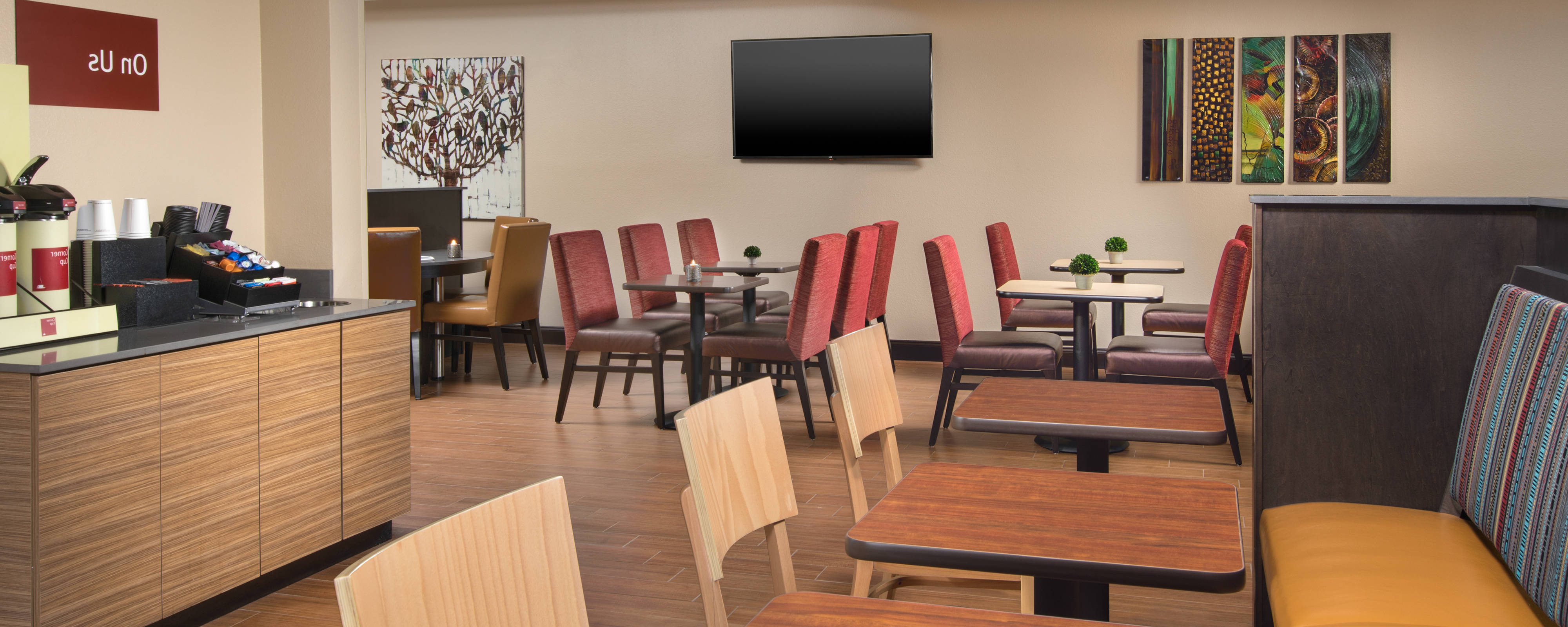 Towneplace Suites Nashville Smyrna Throughout Best And Newest Smyrna 3 Piece Dining Sets (View 16 of 25)