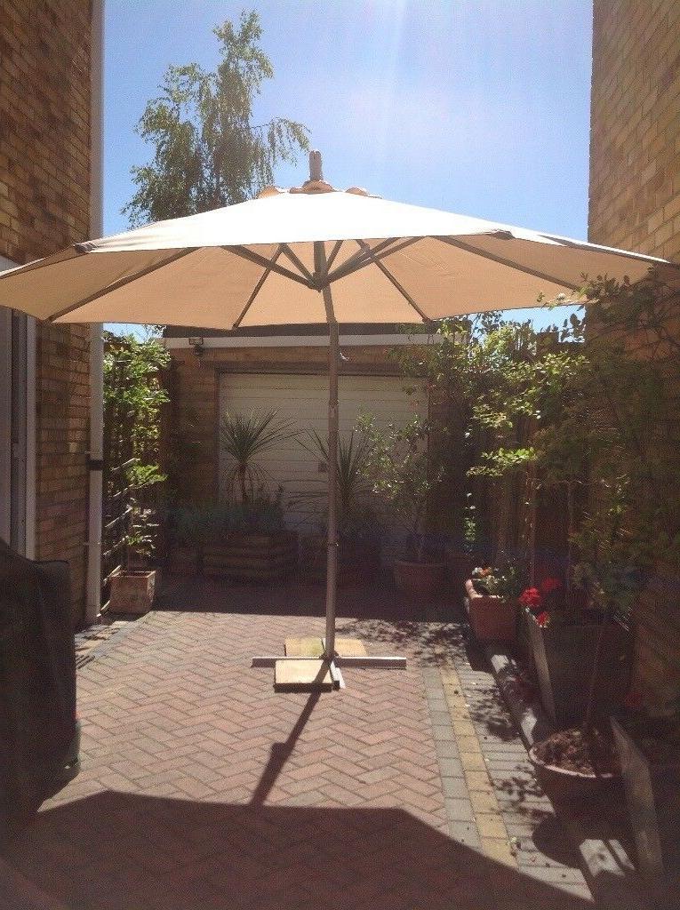 2017 Maidste Square Cantilever Umbrellas with regard to Cantilever Parasol. Cream & In Good Condition
