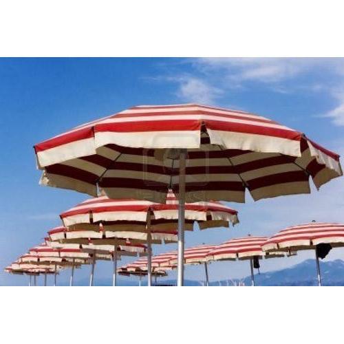 2018 Beach Umbrellas with Striped Beach Umbrellas