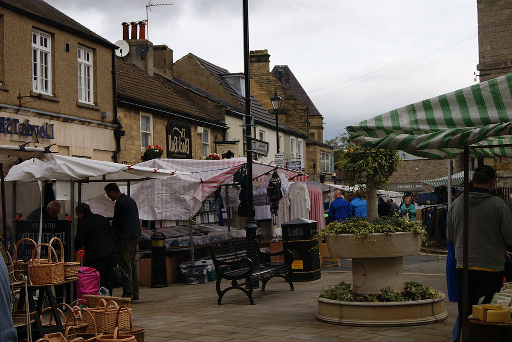 2018 File:wetherby Market (21St October 2010) 002 – Wikimedia Commons Intended For Wetherby Market Umbrellas (View 2 of 25)