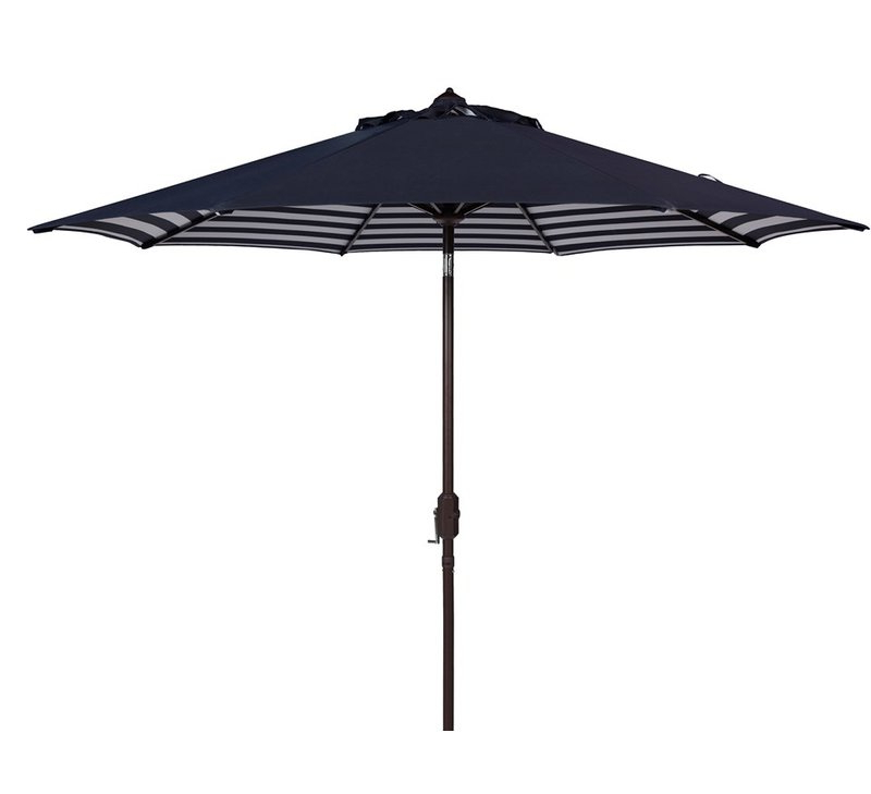 2018 Hookton Crank Market Umbrellas Throughout Hookton Crank  (View 2 of 25)