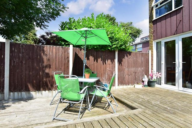 3 Bed Terraced House For Sale In Millfield, New Ash Green, Longfield with regard to Well-liked Northfleet Rectangular Market Umbrellas