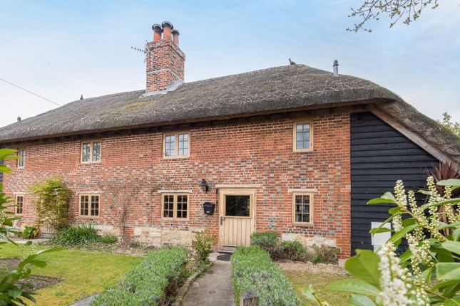4 Bed Detached House For Sale In Southleigh Road, Havant Po9 – Zoopla With Regard To Newest Havant Market Umbrellas (Gallery 16 of 25)