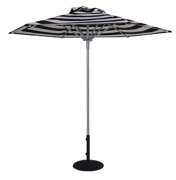 8.5 Ft Hexagon Market Umbrella Throughout Popular Market Umbrellas (Gallery 24 of 25)