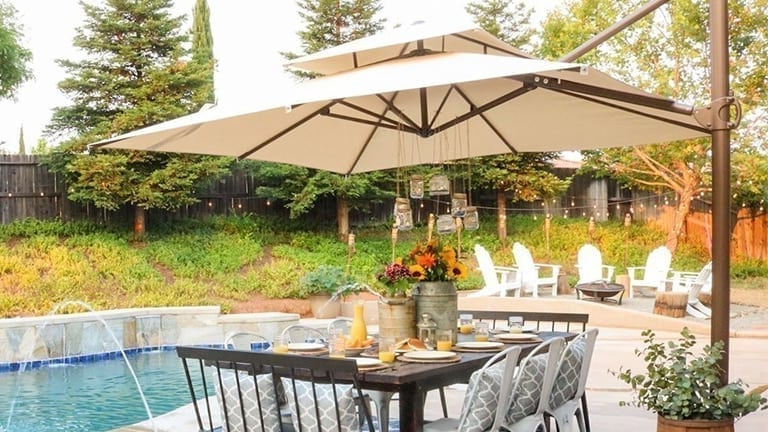 Best Offset Patio Umbrellas In 2019 – Complete Reviews & Buyer's Guide Pertaining To 2017 Hurt Market Umbrellas (View 14 of 25)
