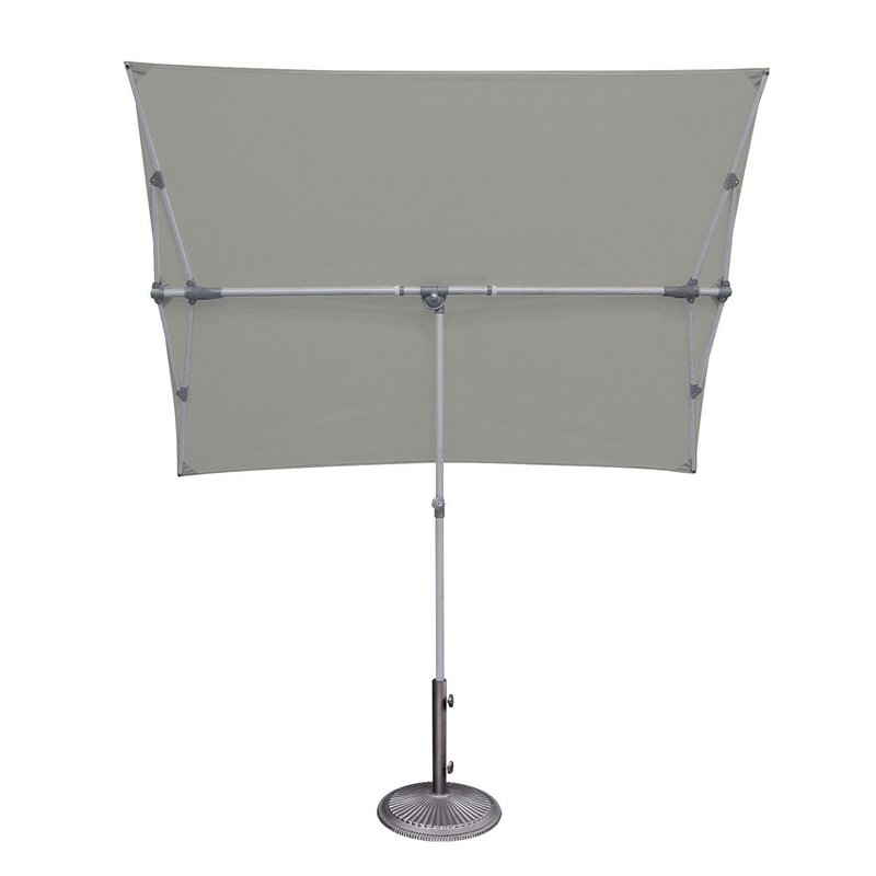 Bonita Rectangular Market Umbrellas Within Well Known Cordelia 5' X 7' Rectangular Market Umbrella (View 9 of 25)