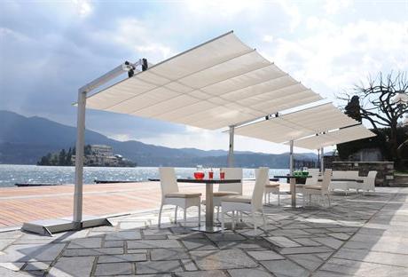 Cantilever Umbrellas Inside Favorite Outdoor Offset Cantilever Patio Umbrellas For Sale (View 16 of 25)