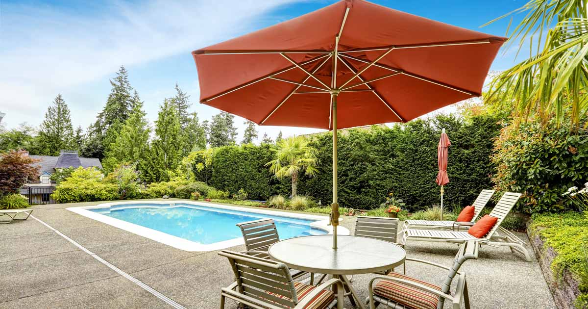 Current The 7 Best Patio Umbrellas For Your Yard, Garden, Or Deck In 2019 With Regard To Sheehan Market Umbrellas (View 7 of 25)
