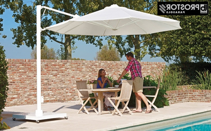 Decofinder Within Dore Patio Cantilever Umbrellas (View 6 of 25)