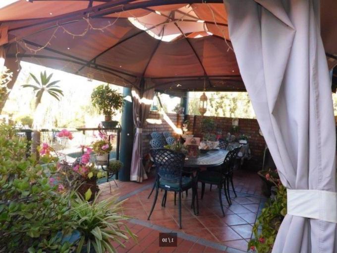 Favorite Hettie Solar Lighted Market Umbrellas Intended For Houses For Sale In Doornpoort – Myroof.co (View 18 of 25)