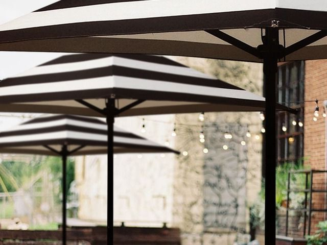 Frederick Square Cantilever Umbrellas Regarding Most Current Sunranger Umbrella For Cafes, Restaurants And Resorts (View 19 of 25)