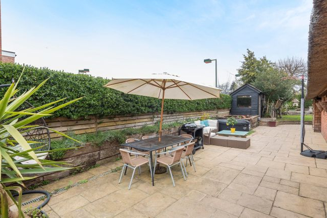 Havant Market Umbrellas With Popular 4 Bed Detached House For Sale In Southleigh Road, Havant Po9 – Zoopla (View 12 of 25)