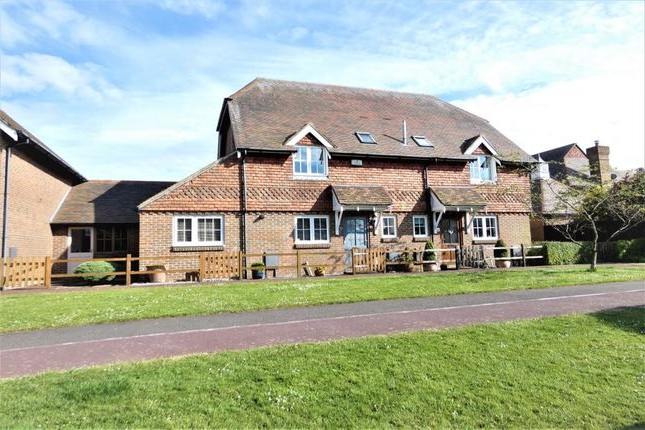 Hawkinge Market Umbrellas with Best and Newest 2 Bed Semi-Detached House For Sale In Teal Close, Hawkinge