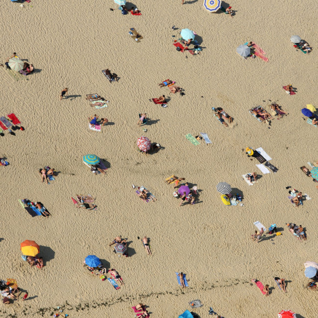 Is Sunscreen More Protective Than A Beach Umbrella? Within Most Current Total Sun Block Extreme Shade Beach Umbrellas (Gallery 20 of 25)