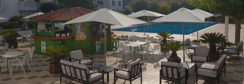 Kizzie Market Cantilever Umbrellas Pertaining To Newest Europa Apartments, Blanes – Updated 2019 Prices (View 25 of 25)