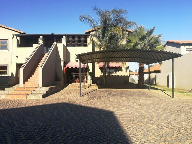 Leachville Market Umbrellas With Favorite 2 Bedroom House For Sale In Waterval East (View 23 of 25)