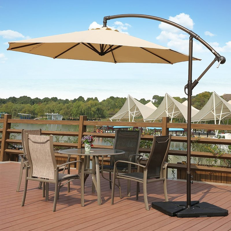 Featured Photo of Kizzie Market Cantilever Umbrellas