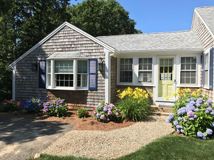 Most Popular Harwich Vacation Rental Home In Cape Cod Ma, 3/10 Mile To Pleasant With Regard To Harwich Market Umbrellas (View 24 of 25)