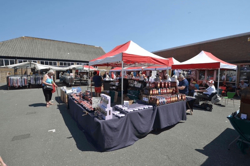 Most Recently Released Fleetwood Market Umbrellas With Regard To Fleetwood Market « Group Travel World Directory (View 6 of 25)
