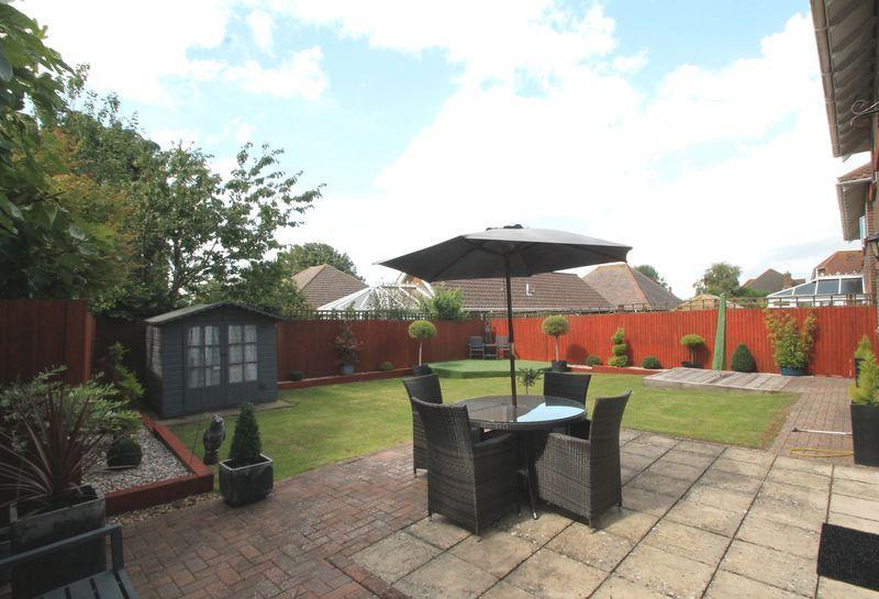 Preferred 4 Harvest Way, Hawkinge, Folkestone 5 Bed Detached House – £454,995 For Hawkinge Market Umbrellas (View 9 of 25)