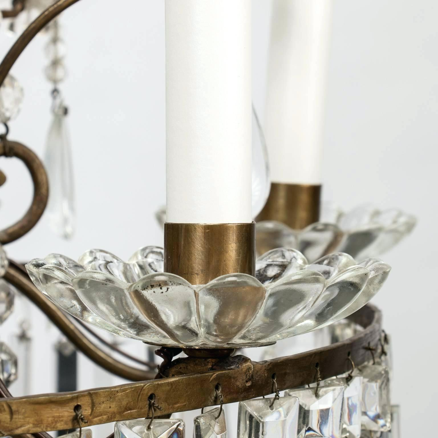 Fashionable Candle Style Chandelier – Bossmummy For Bennington 6 Light Candle Style Chandeliers (View 18 of 25)