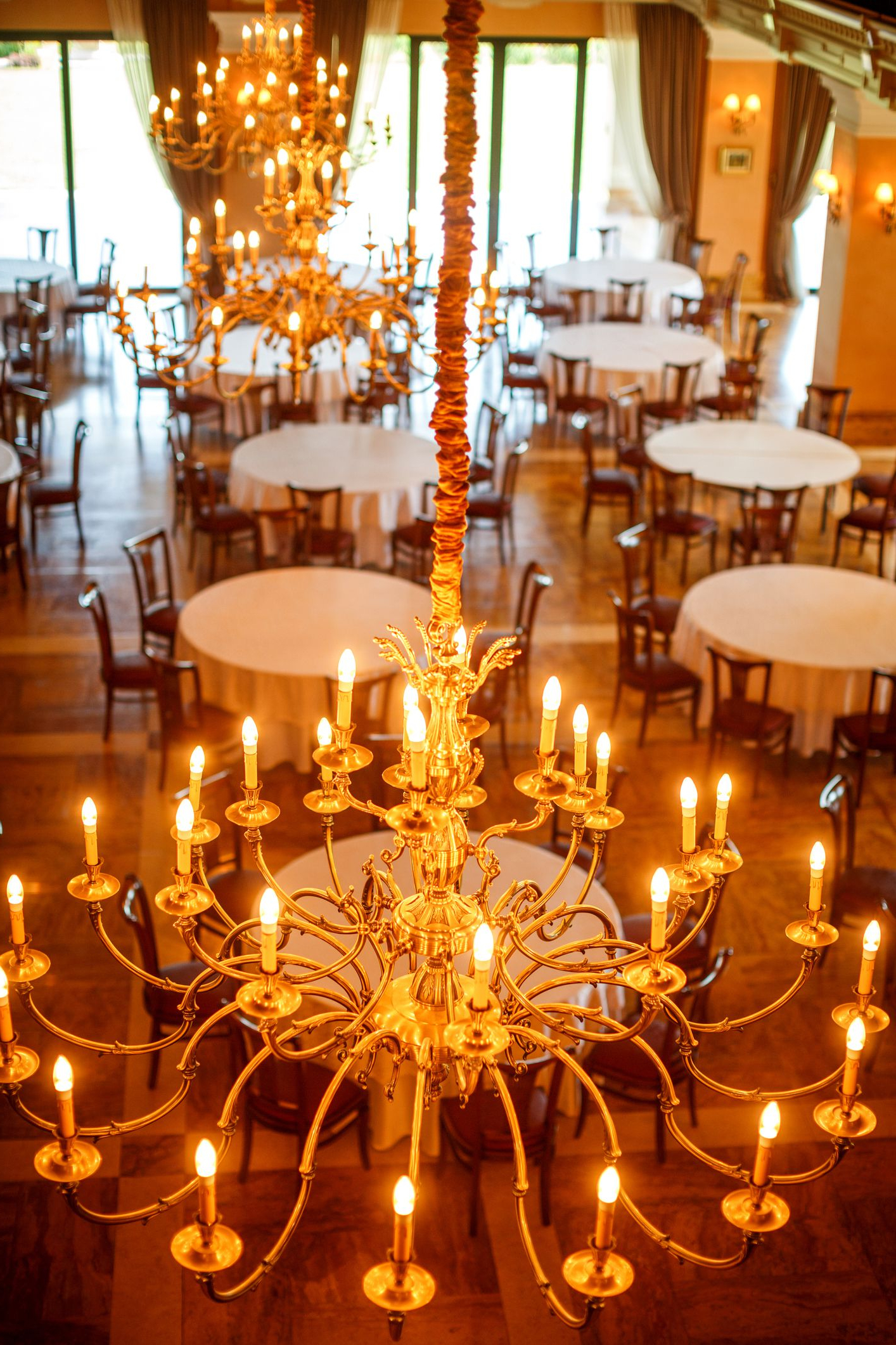 The 8 Best Chandeliers Of 2019 With Newest Dailey 4 Light Drum Chandeliers (View 23 of 25)