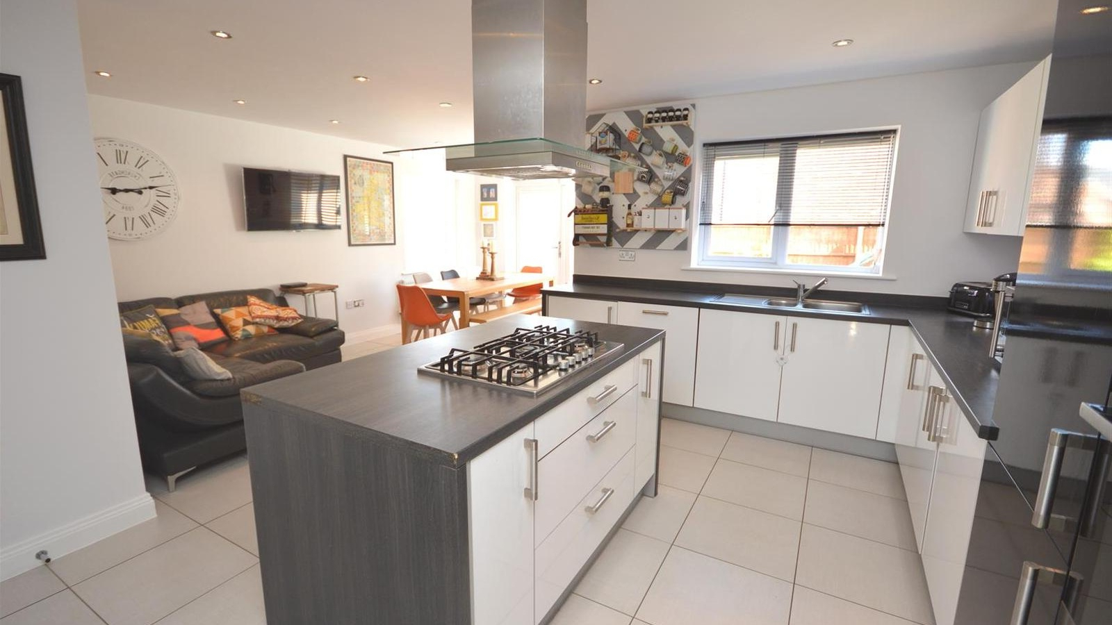 4 Bedroom Property For Sale In Elworth Hall Farm Road In Famous Elworth Kitchen Island (View 18 of 25)