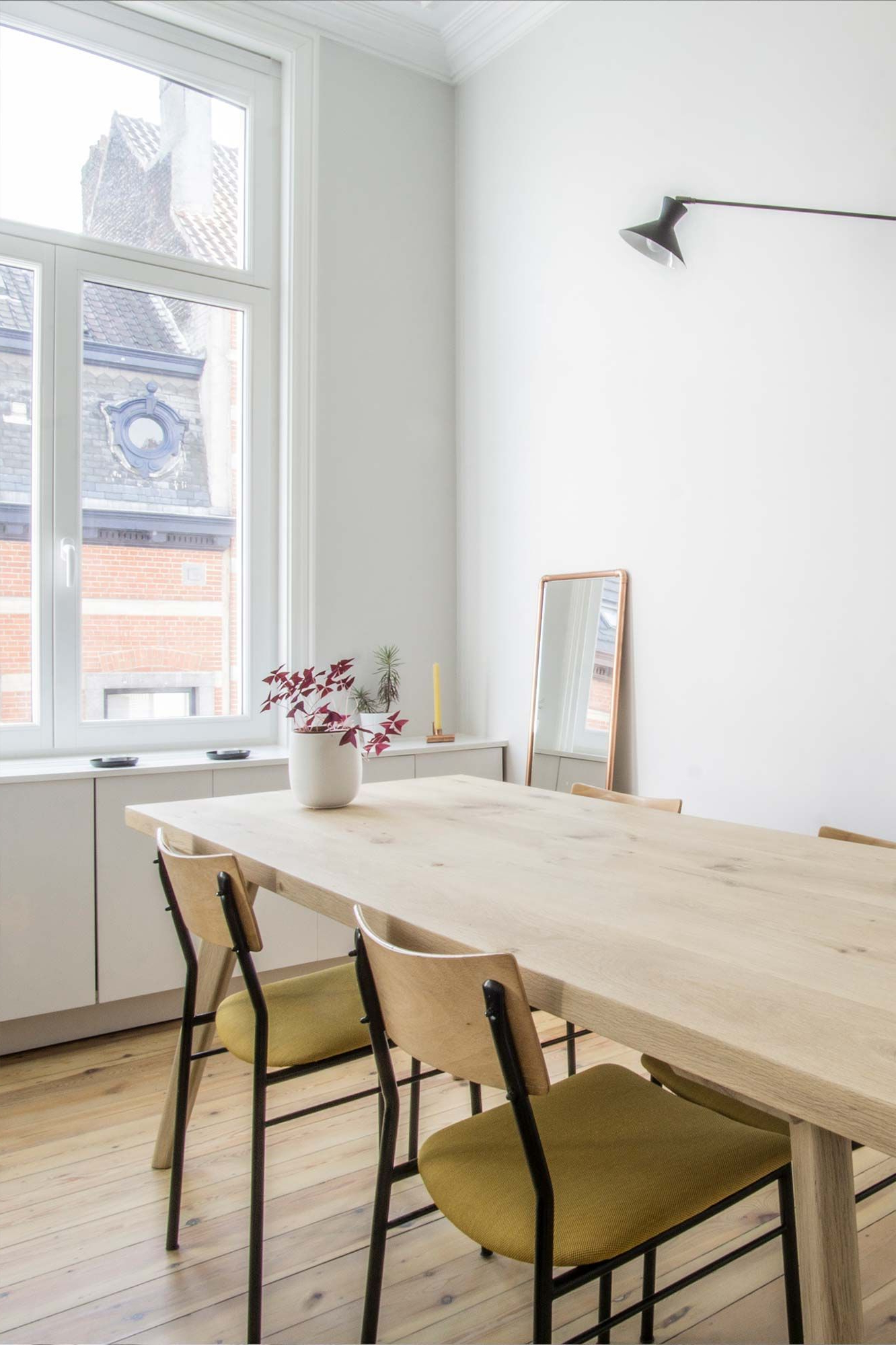 Brussels Reclaimed European Barnwood Dining Tables inside Well-known Chic & Simple: Vintage Meets Modern Dining Room