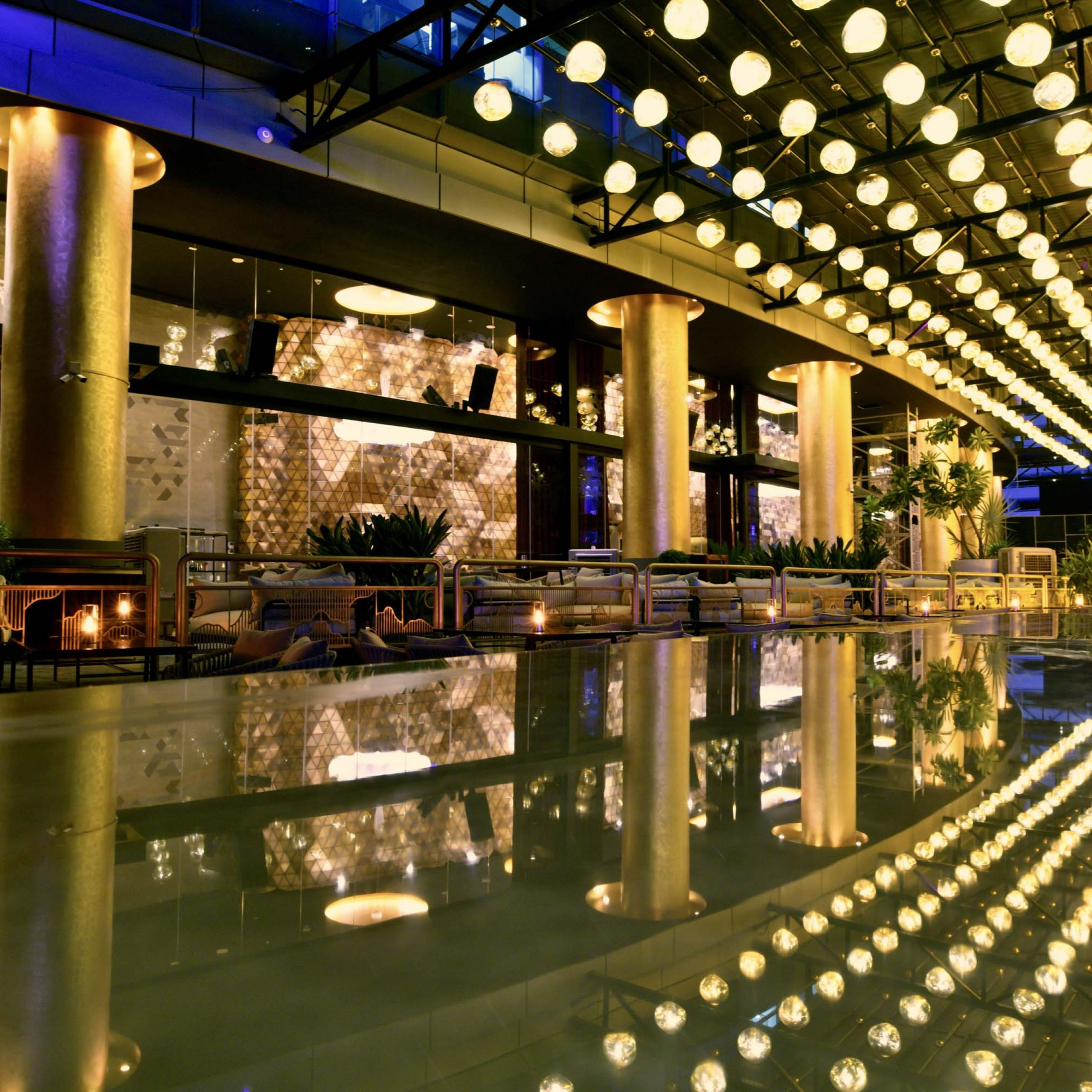 Cool New Bars In Dubai With Well Known Edgar Bar Tables (View 15 of 25)