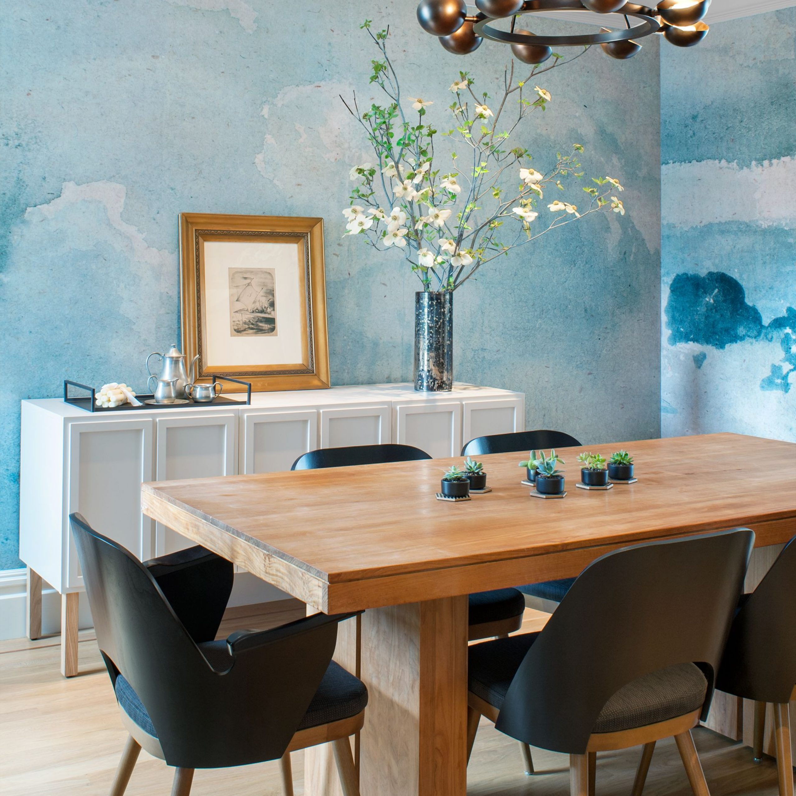 Hearst Oak Wood Dining Tables Throughout Well Known 18 Dining Room Wallpaper Ideas That'll Elevate All Your (View 18 of 25)
