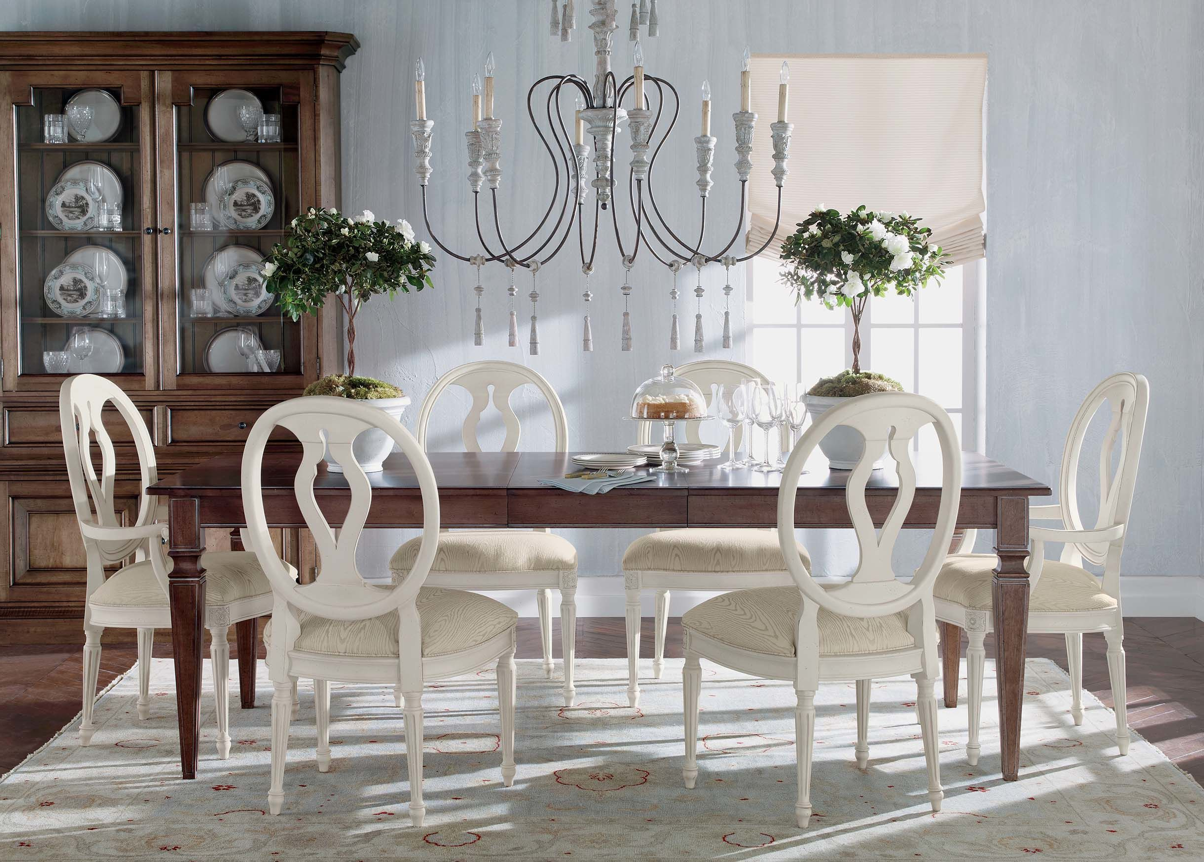 Popular Avery Extension Dining Table (View 15 of 25)