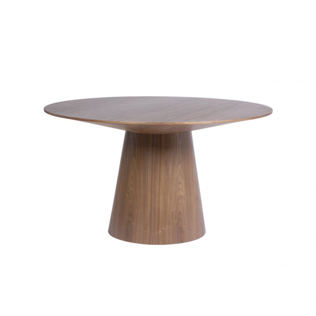 Royal within Warner Round Pedestal Dining Tables
