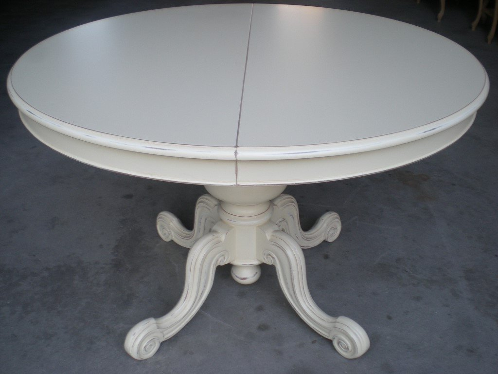 Well Known Extendable Walnut And Beech Wood Round Dining Table Regarding Ingred Extending Dining Tables (View 23 of 25)