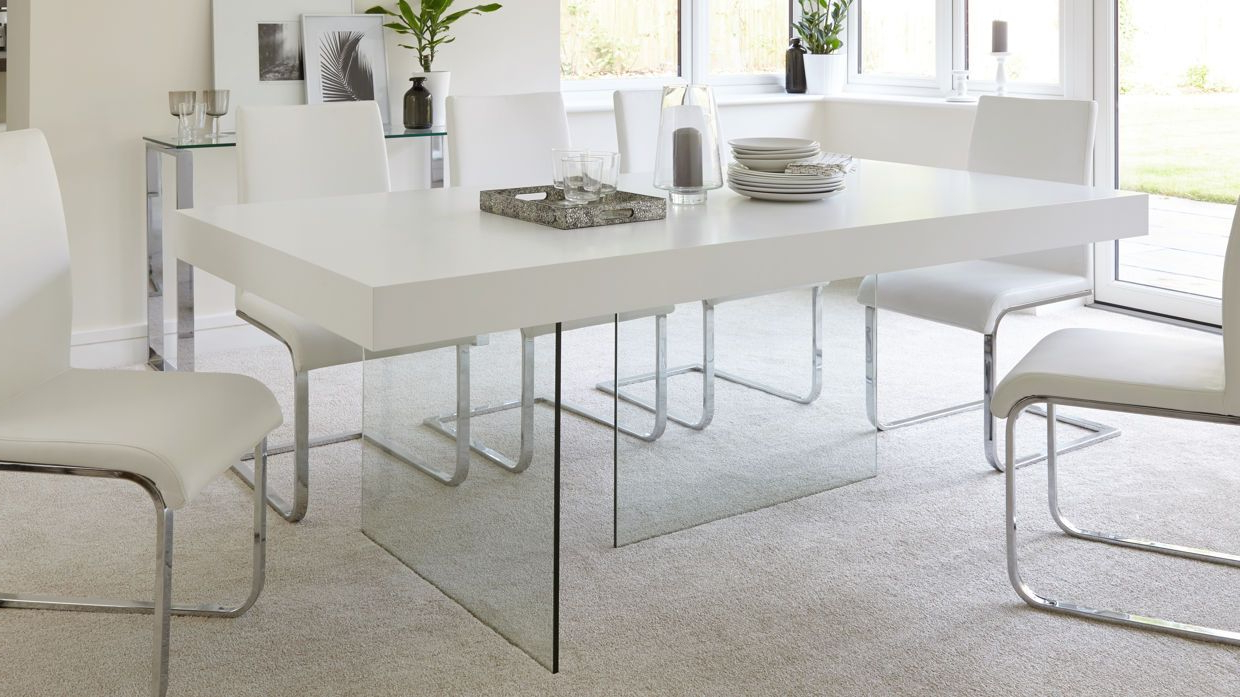 6 Seater Retangular Wood Contemporary Dining Tables Pertaining To Most Recently Released Aria White Oak And Glass Dining Table (View 13 of 25)