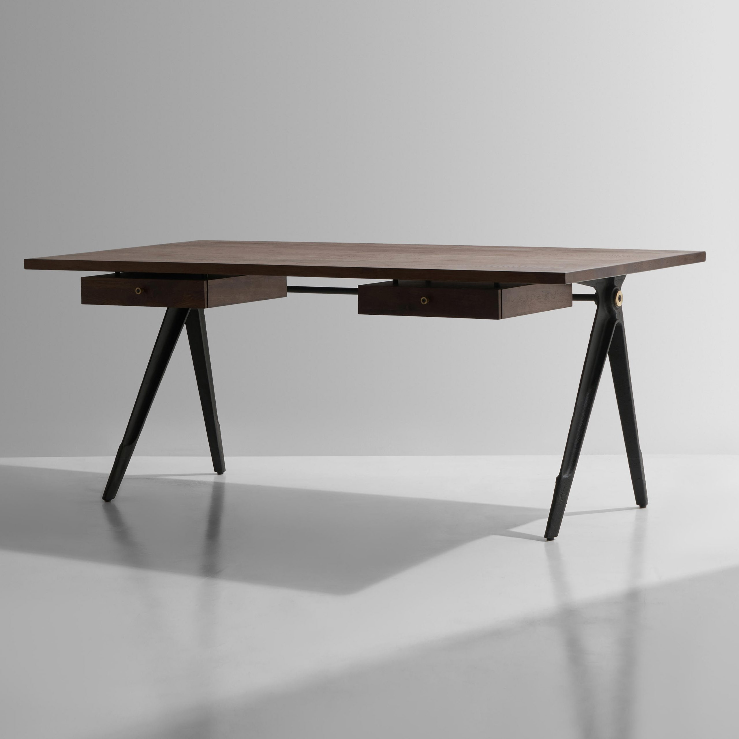 Architonic With Regard To Popular Dining Tables In Seared Oak With Brass Detail (View 13 of 25)