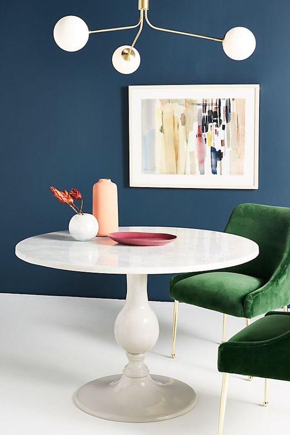 Best And Newest 7 Round Dining Room Tables Perfect For Small Spaces Within Solid Wood Circular Dining Tables White (View 17 of 25)