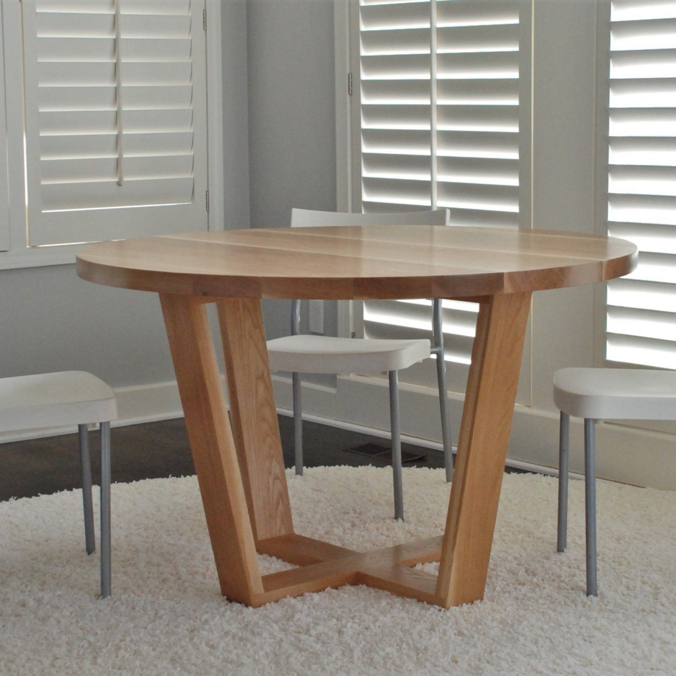 Best and Newest Hand Crafted Angled Leg Round Dining Tablebelak inside Solid Wood Circular Dining Tables White