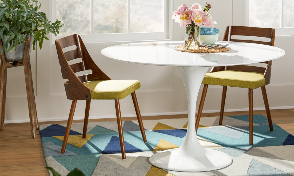 Best Small Kitchen & Dining Tables & Chairs For Small Spaces With Trendy Contemporary 4 Seating Square Dining Tables (View 13 of 25)
