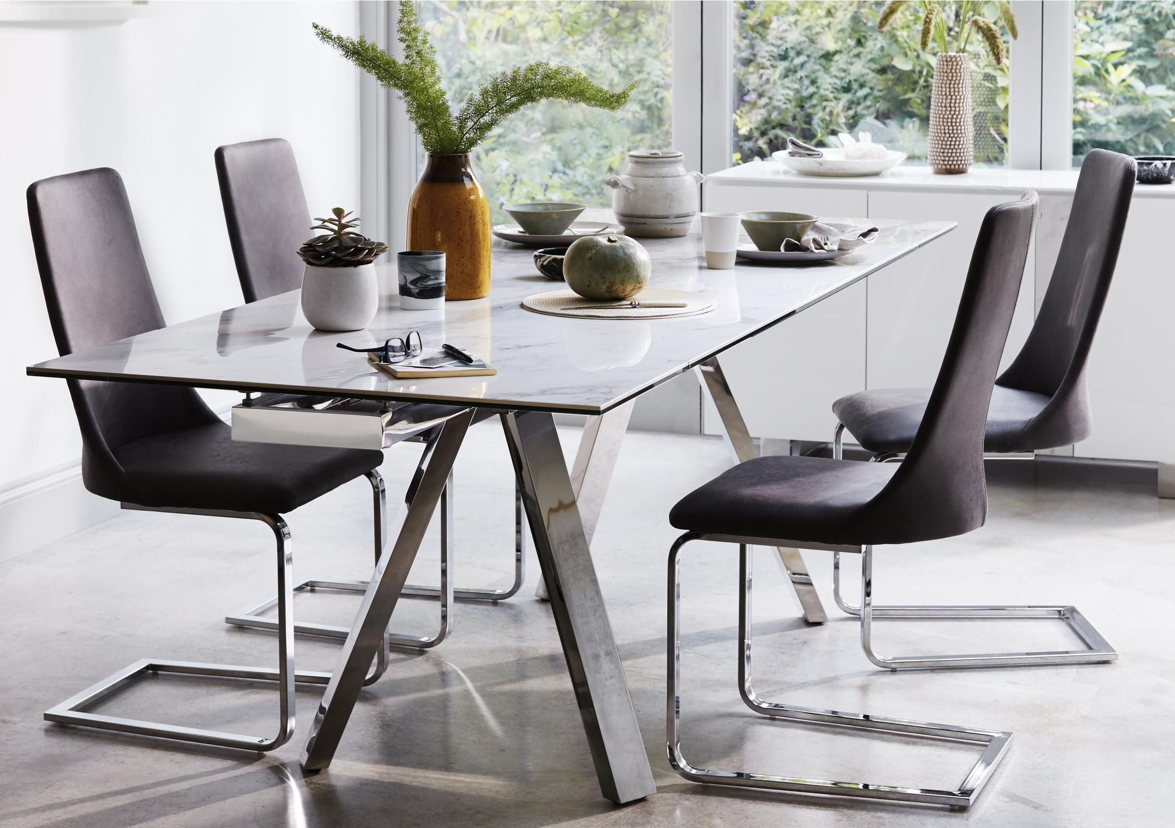 Current Modern Glass Top Extension Dining Tables In Stainless Inside Nevada Extending Dining Table (View 14 of 25)