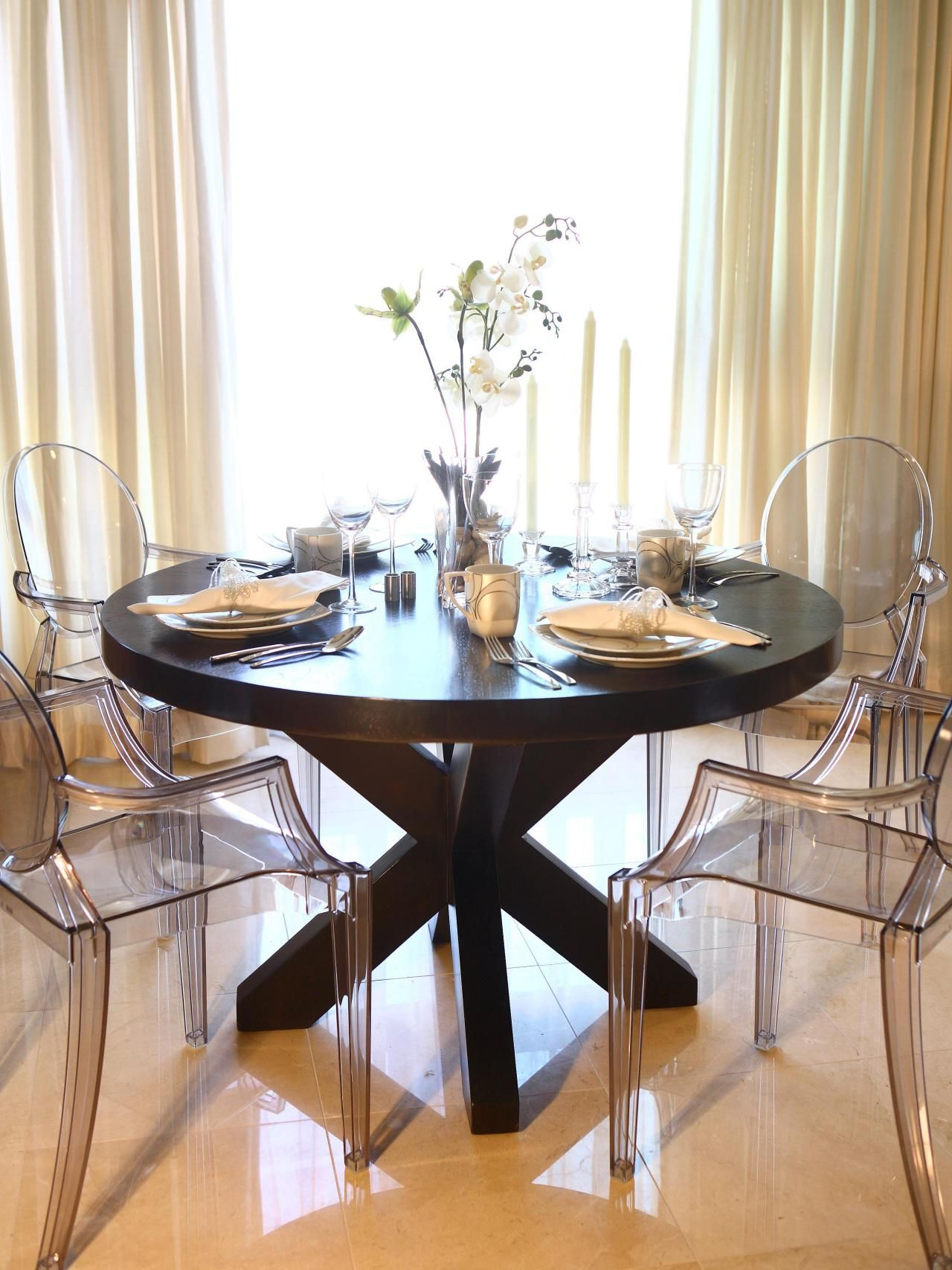 Elegance Large Round Dining Tables intended for Favorite This Elegant Dining Room Features A Large Round Wood Dining