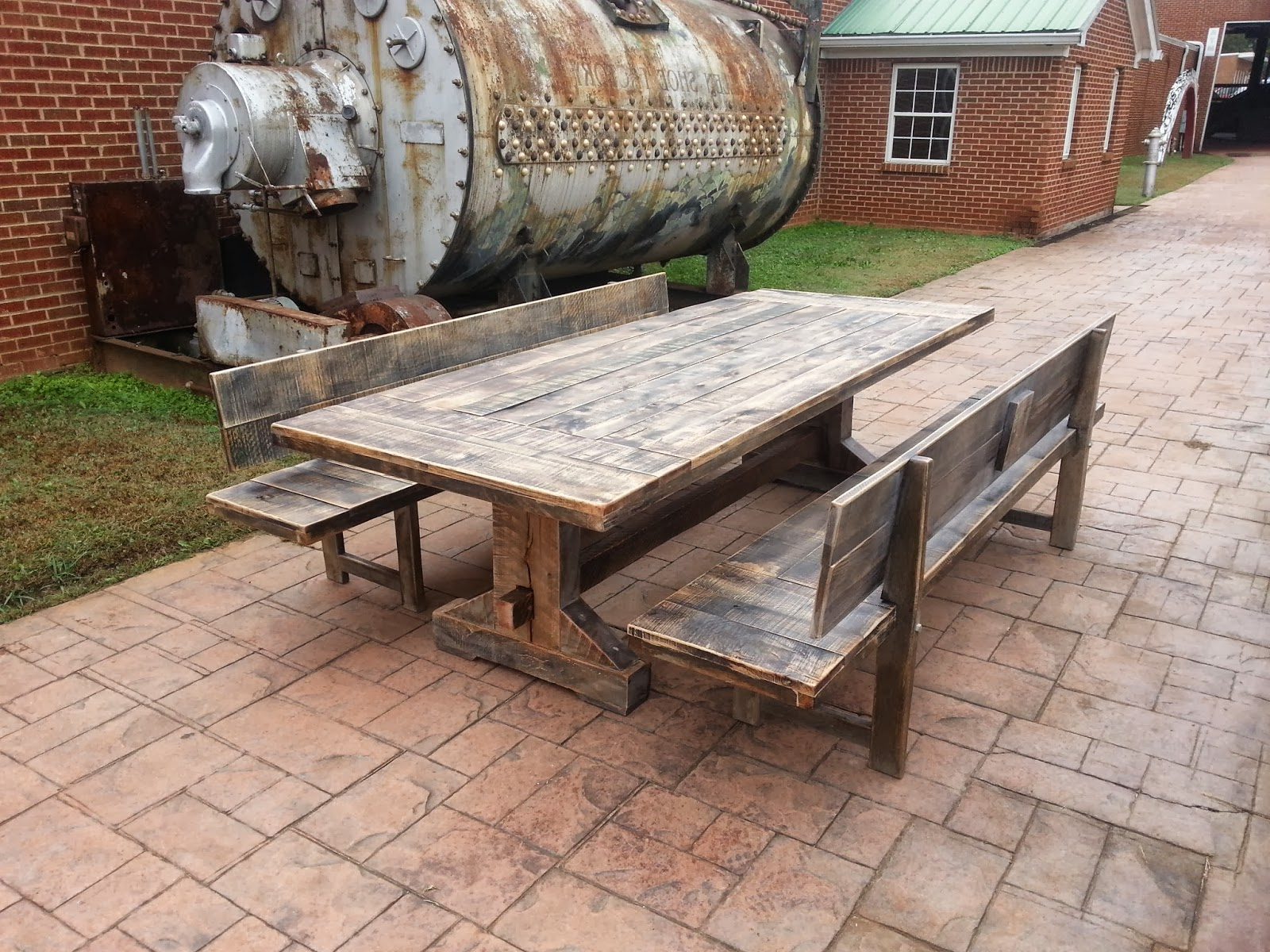Exteriors : Reclaimed Wood Trestle Dining Table Rustic In Well Liked Small Round Dining Tables With Reclaimed Wood (View 25 of 25)