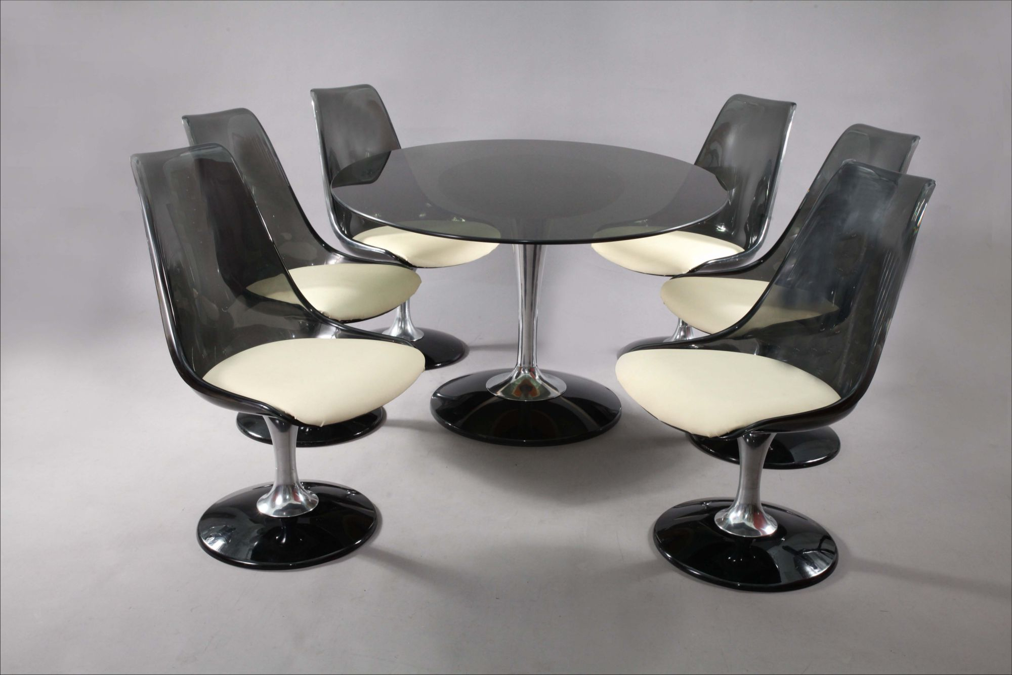 Fashionable Chromcraft Smoke Lucite Dining Set: Six Swiveling Tulip Intended For Smoked Oval Glasstop Dining Tables (View 23 of 25)