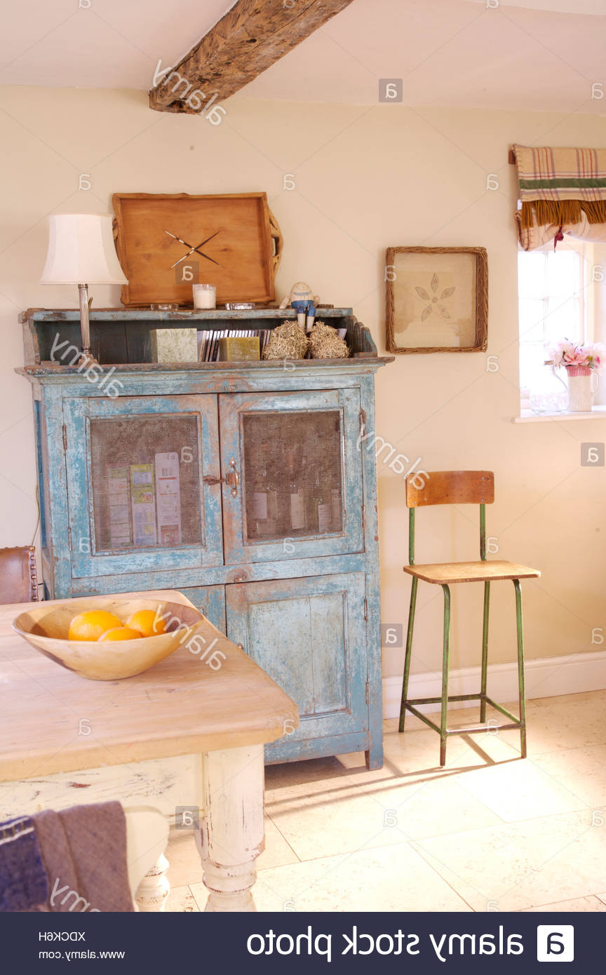 Fashionable Country Dining Tables With Weathered Pine Finish With Regard To Blue Dresser With Distressed Finish In Country Dining Room (View 23 of 25)