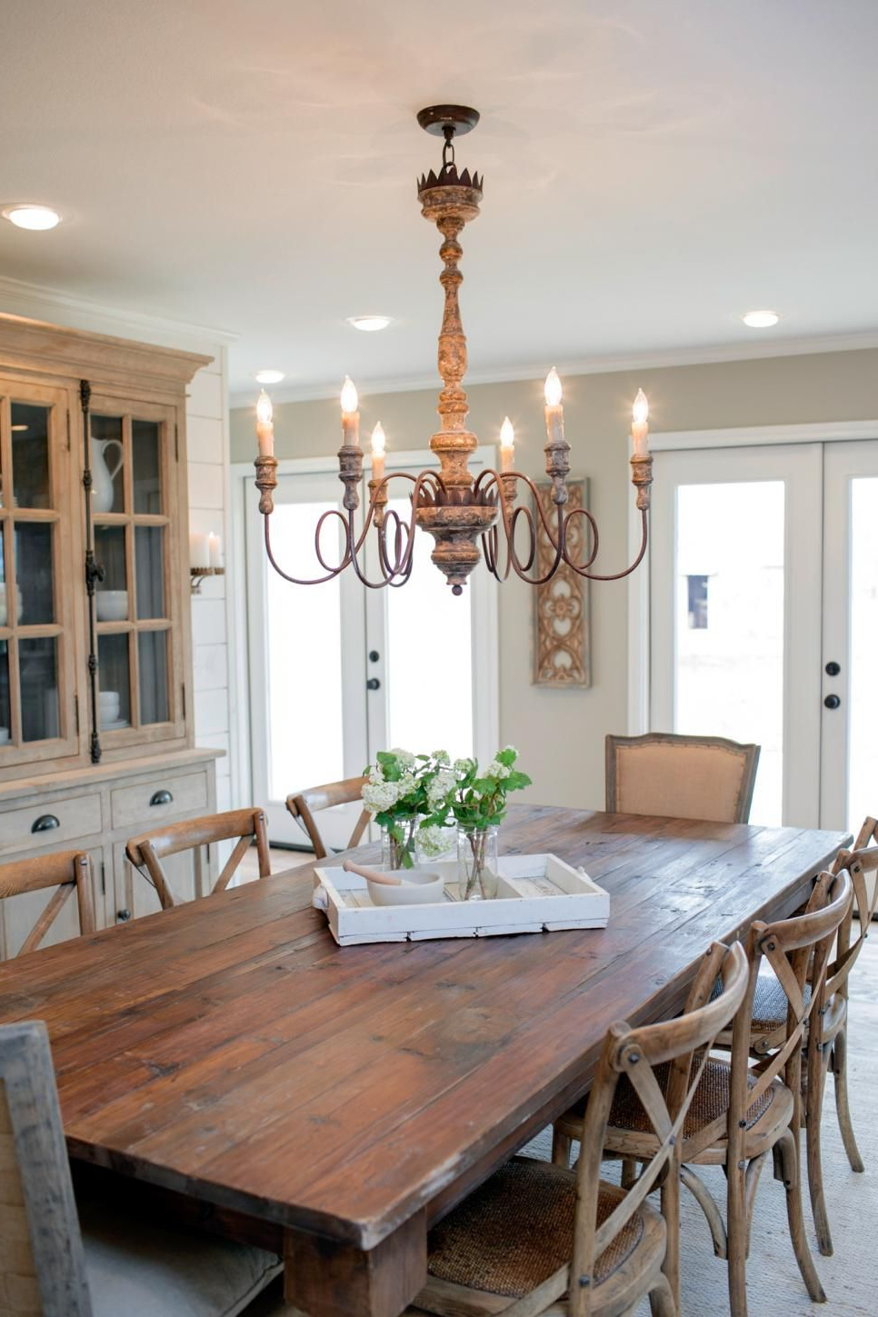 Fashionable Fixer Upper: Country Style In A Very Small Town (View 6 of 25)